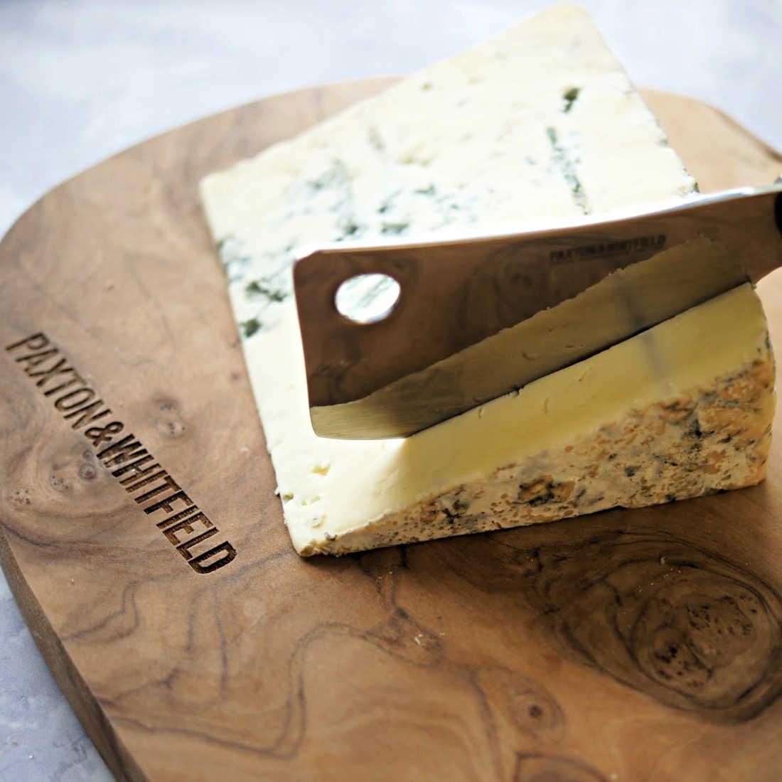 Lanark-Blue-Cheese-Cut
