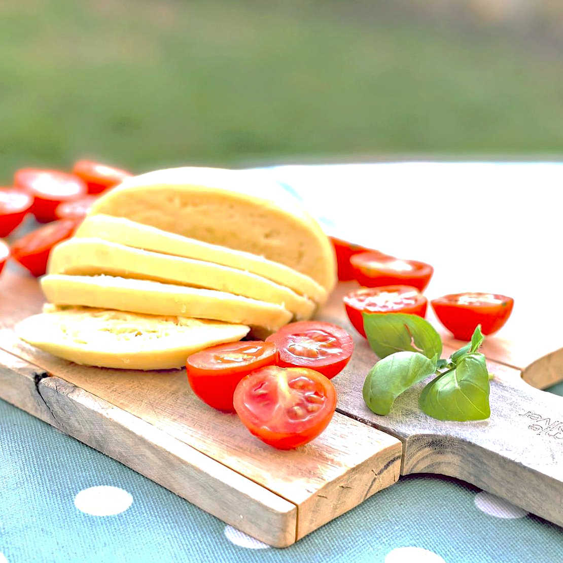 Cheesemaking-Emily-Mozarella-Outside-low-res