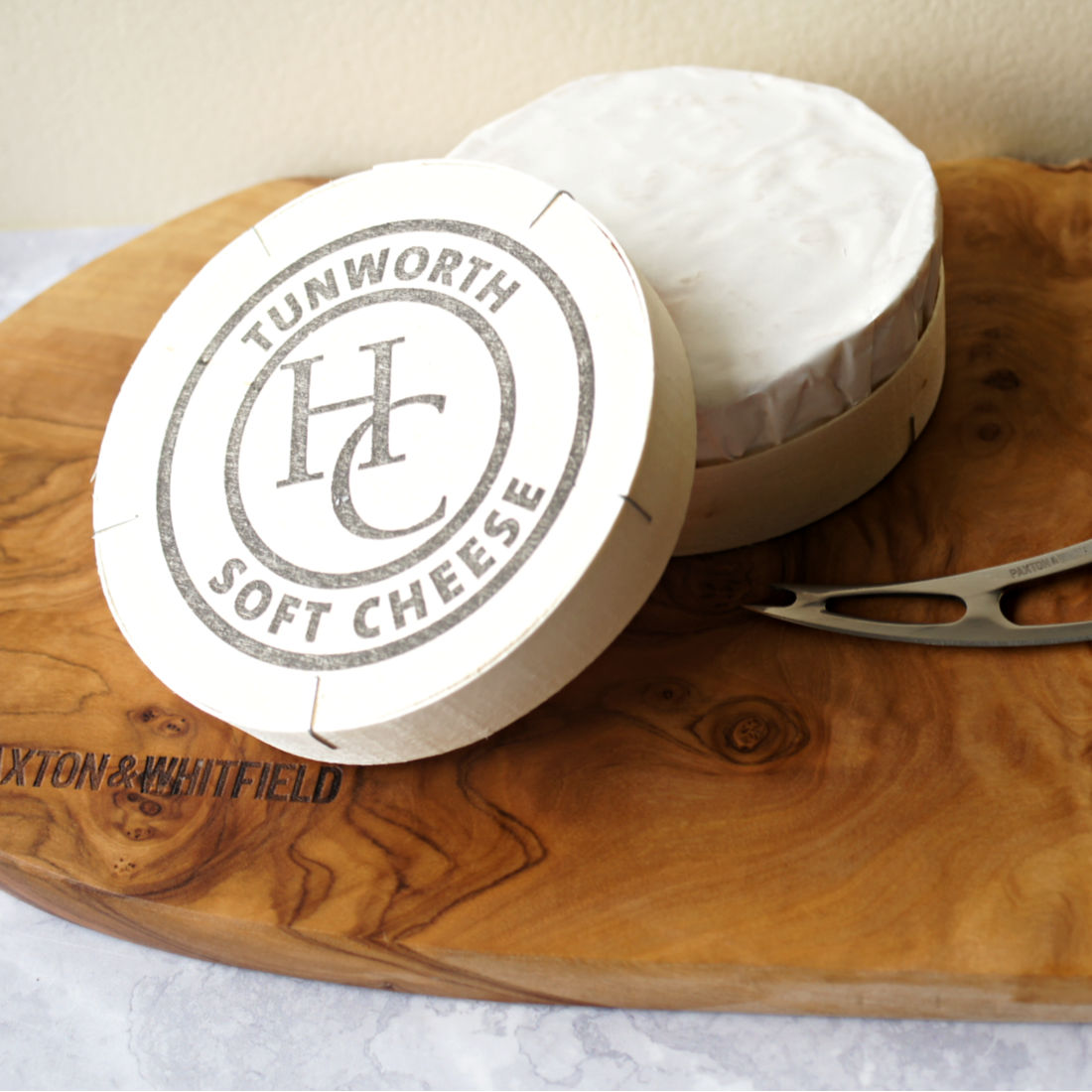 425-Tunworth-Soft-Cheese-in-Box-Low-Res-Square