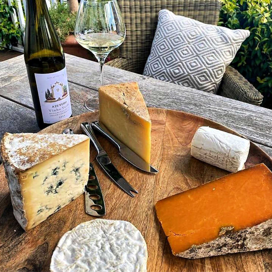 Artisan-English-Cheese-Board-Low-Res