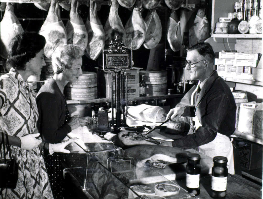 Paxton-and-Whitfield-Cheese-History-1950s-Low-Res