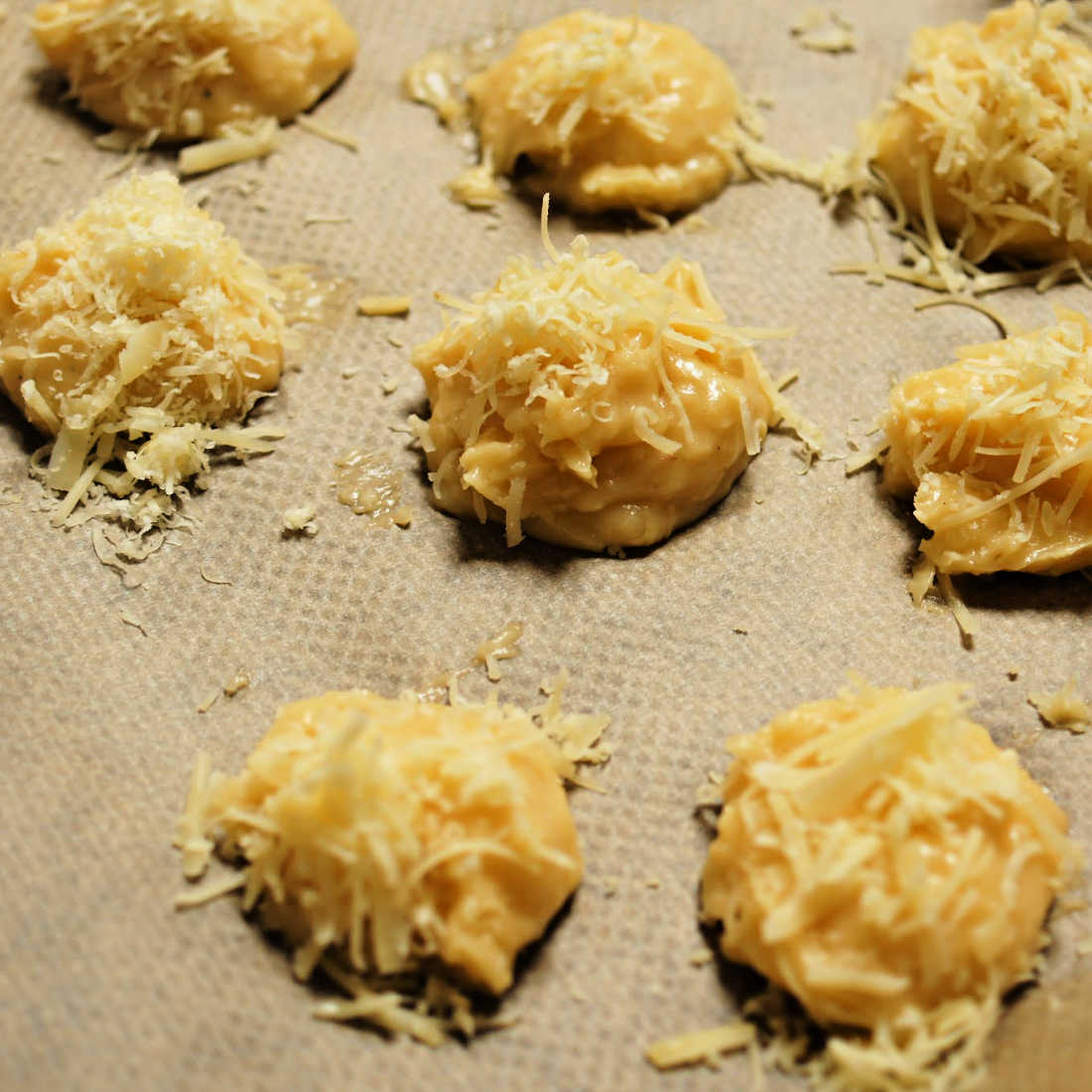 Gougeres-Bastille-Day-Comte-on-Tray