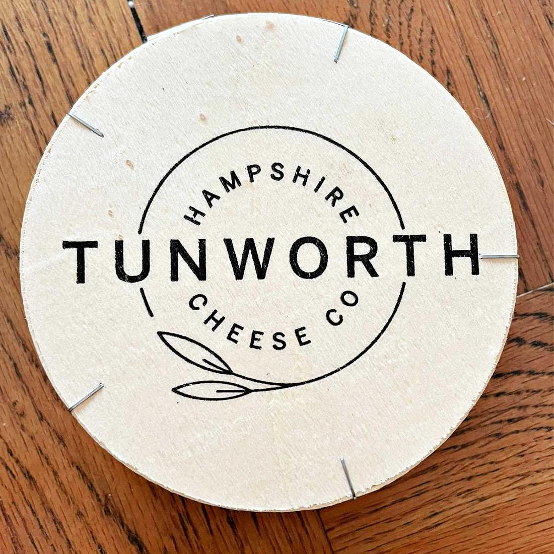 Tunoworth-in-box