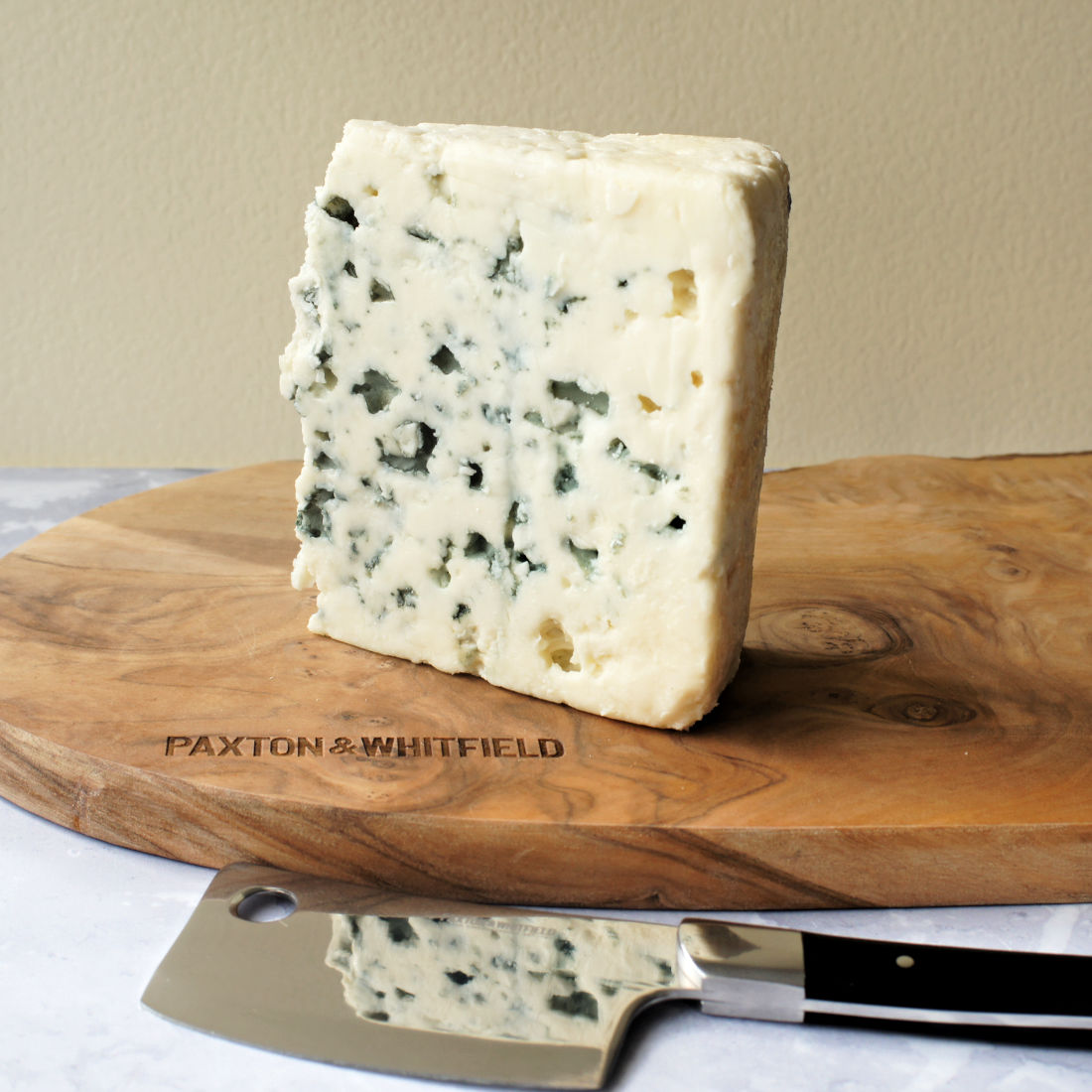Roquefort-Blue-Cheese-Low-Res-Lifestyle